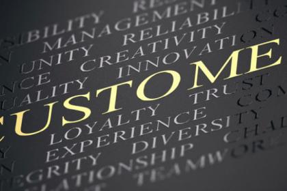 Come ridurre le distanze fra l'esperienza di acquisto che offri e quella che i tuoi clienti si aspettano